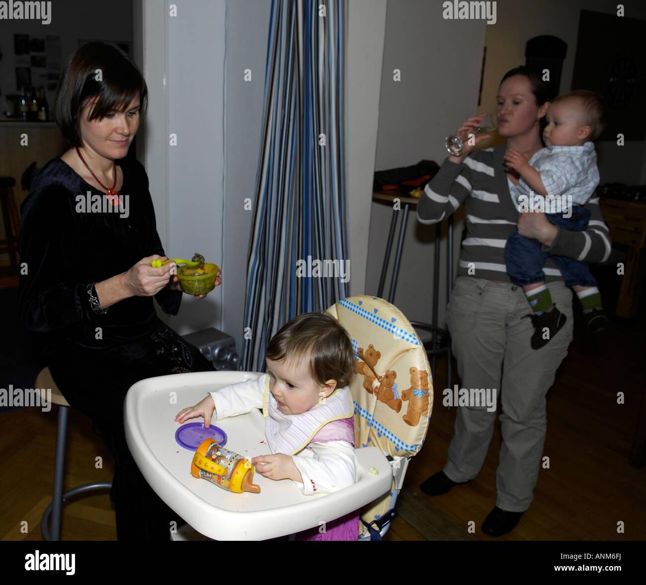 single mothers babies - Stock Image