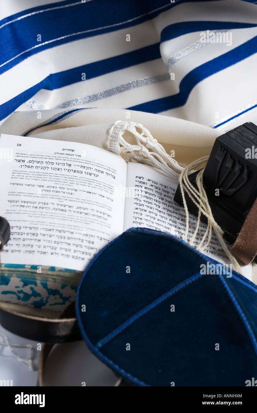 Teffilin Talith and Sidur for Jewish ritual - Stock Image