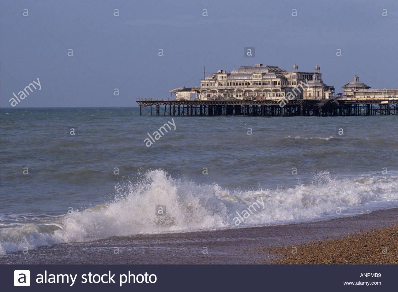 The derelict West Pier, Brighton, Sussex, England in 1991 Stock Photo