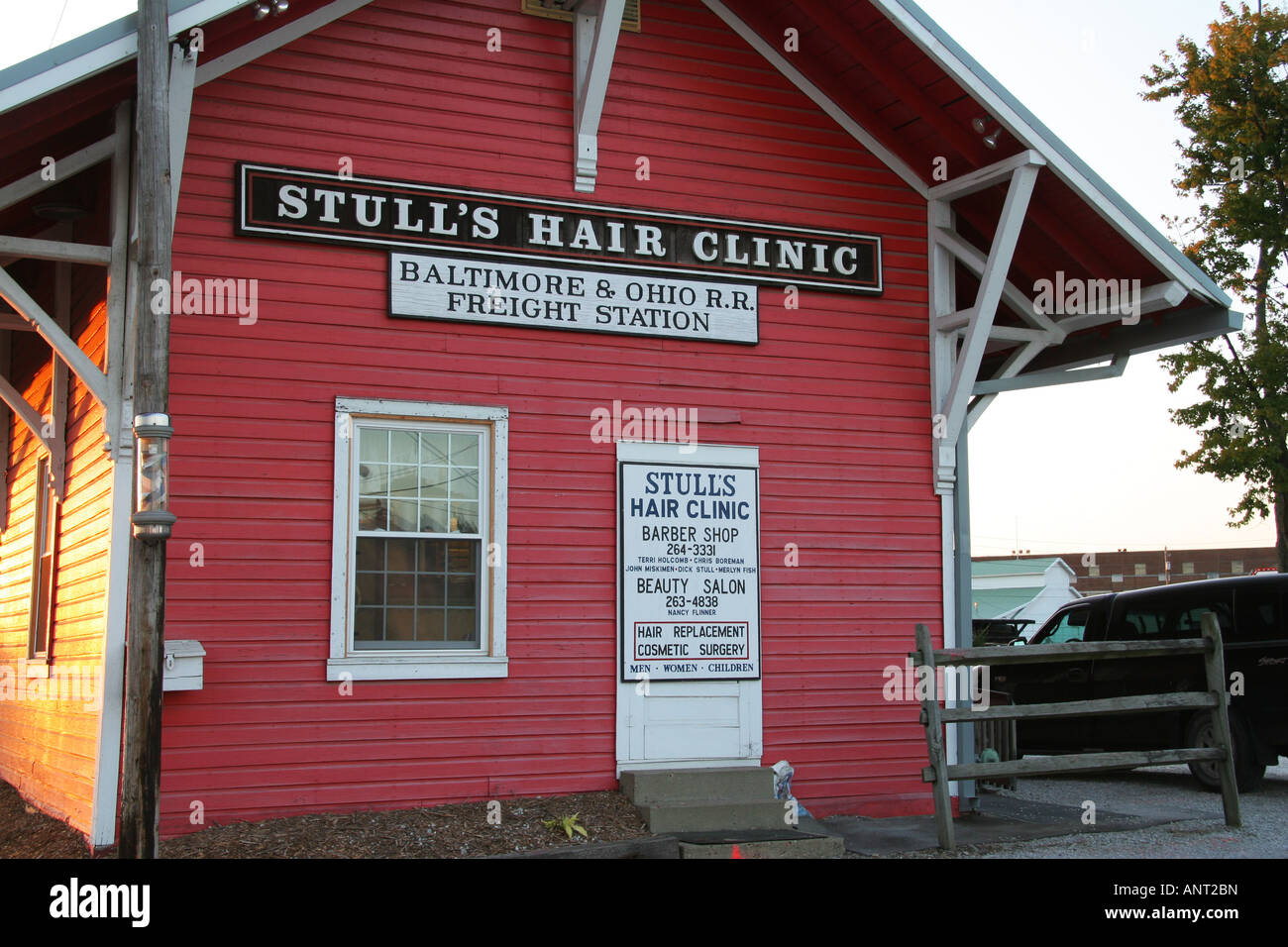 Baltimore and Ohio Rail Road Freight Station Stulls Hair Clinic Wooster Ohio - Stock Image