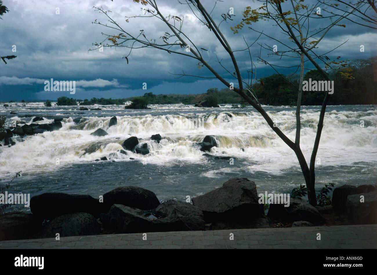 rapids near hacha falls canaima nationalpark region of gran sabena venezuela Stock Photo