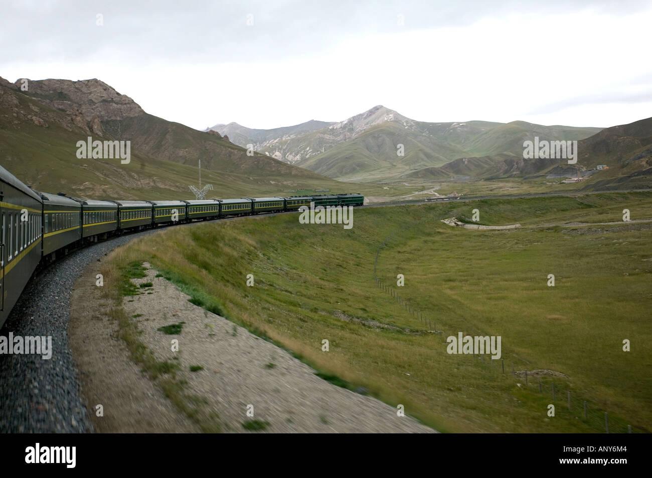 The Shangri La Express train making its way through China towards Lhasa Tibet - Stock Image