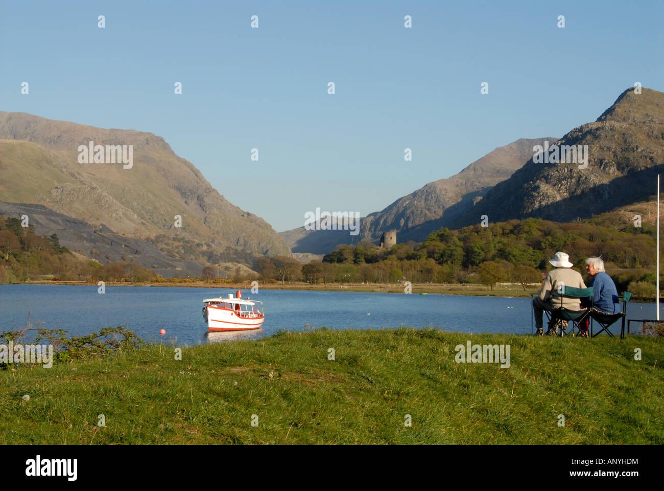 People Llyn Padarn Llanberis - Stock Image