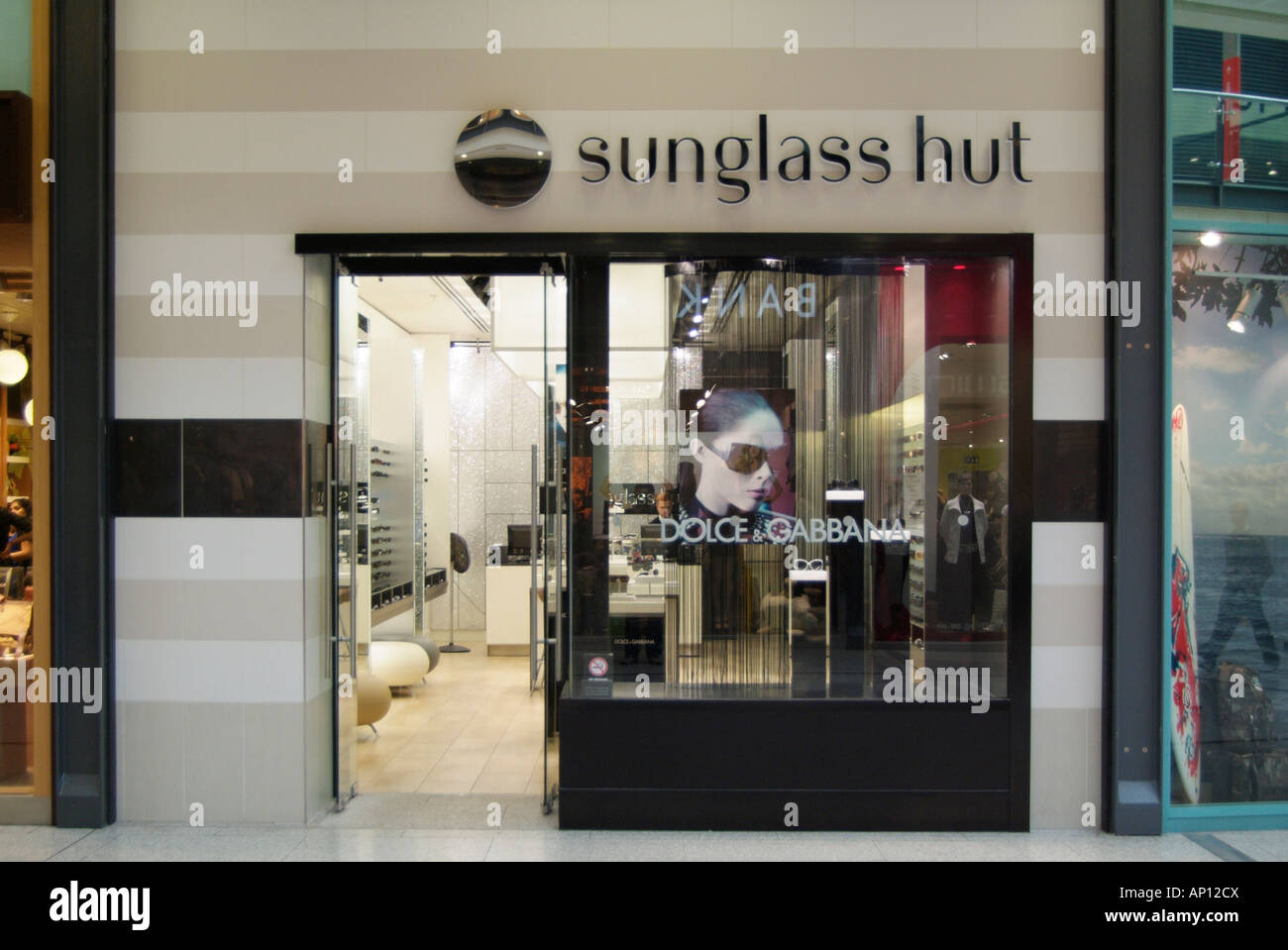 Sunglass hut sun glasses optician optical shade  eye sight protect protection dolce cabbana Trafford centre Manchester - Stock Image