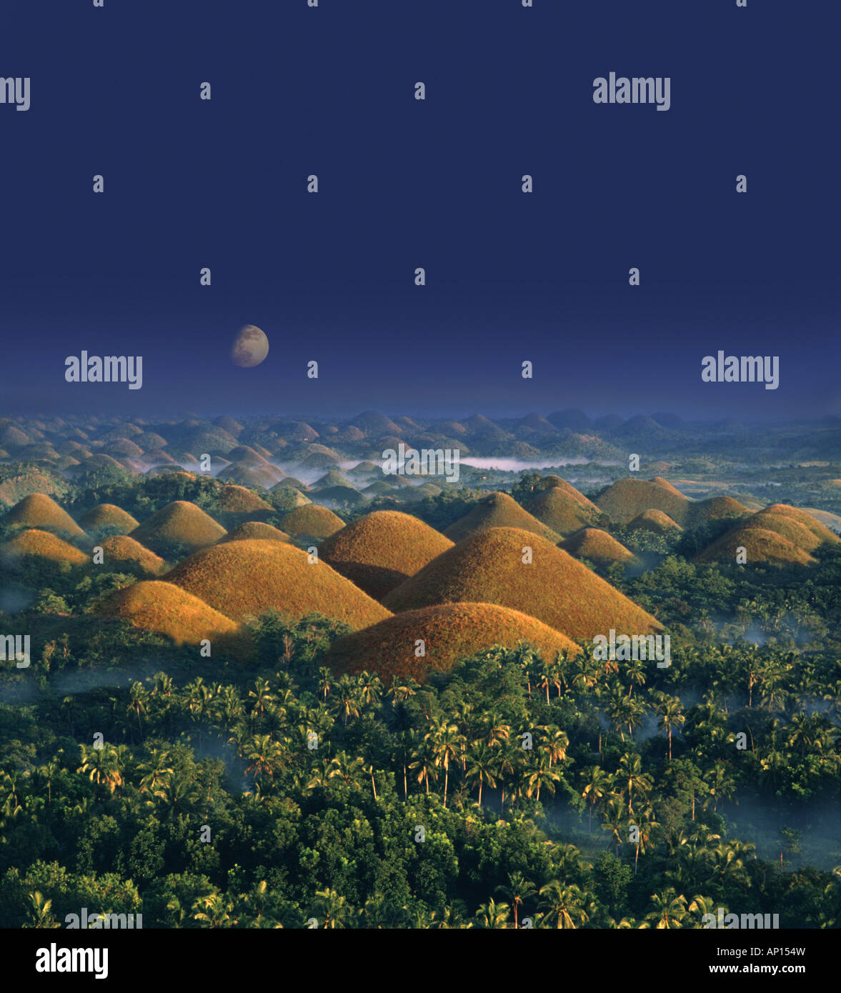 Moonrise, Chocolate Hills, natural wonder, Bohol Island, Philippines - Stock Image