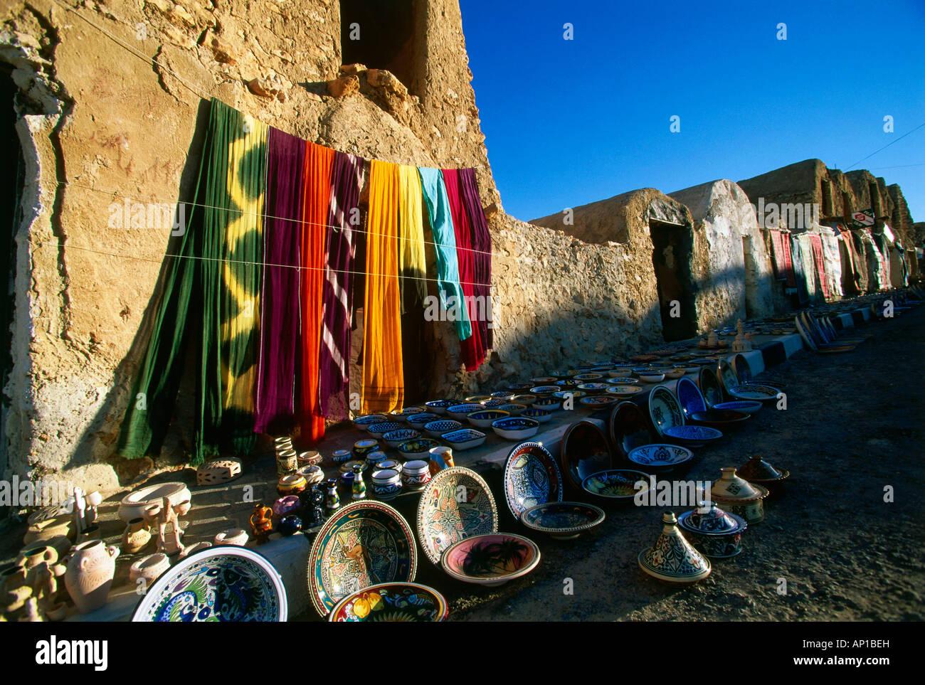 Souvenirs, former corn storage, Ghorfas Tunesia, Africa - Stock Image