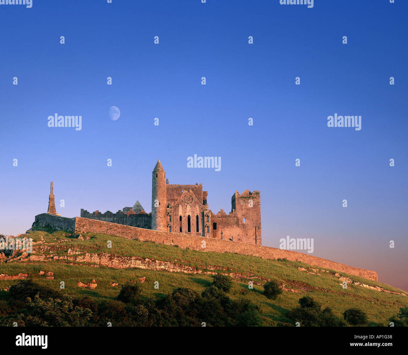 IE - CO. TIPPERARY: Rock of Cashel - Stock Image