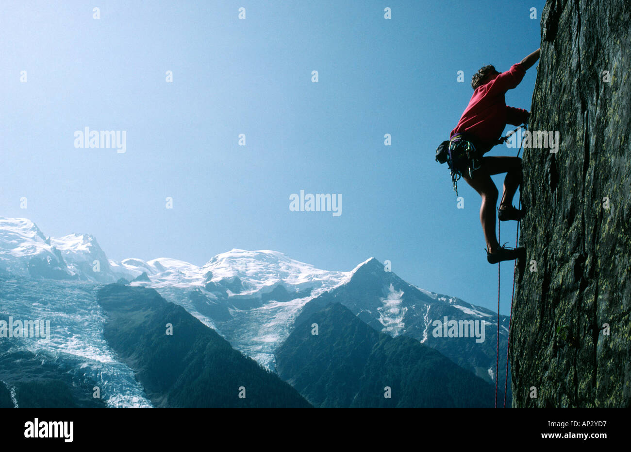 PICTURE CREDIT DOUG BLANE Edd Gdula rock climbing at Les Gaillands Massif du Mont Blanc Chamonix France - Stock Image
