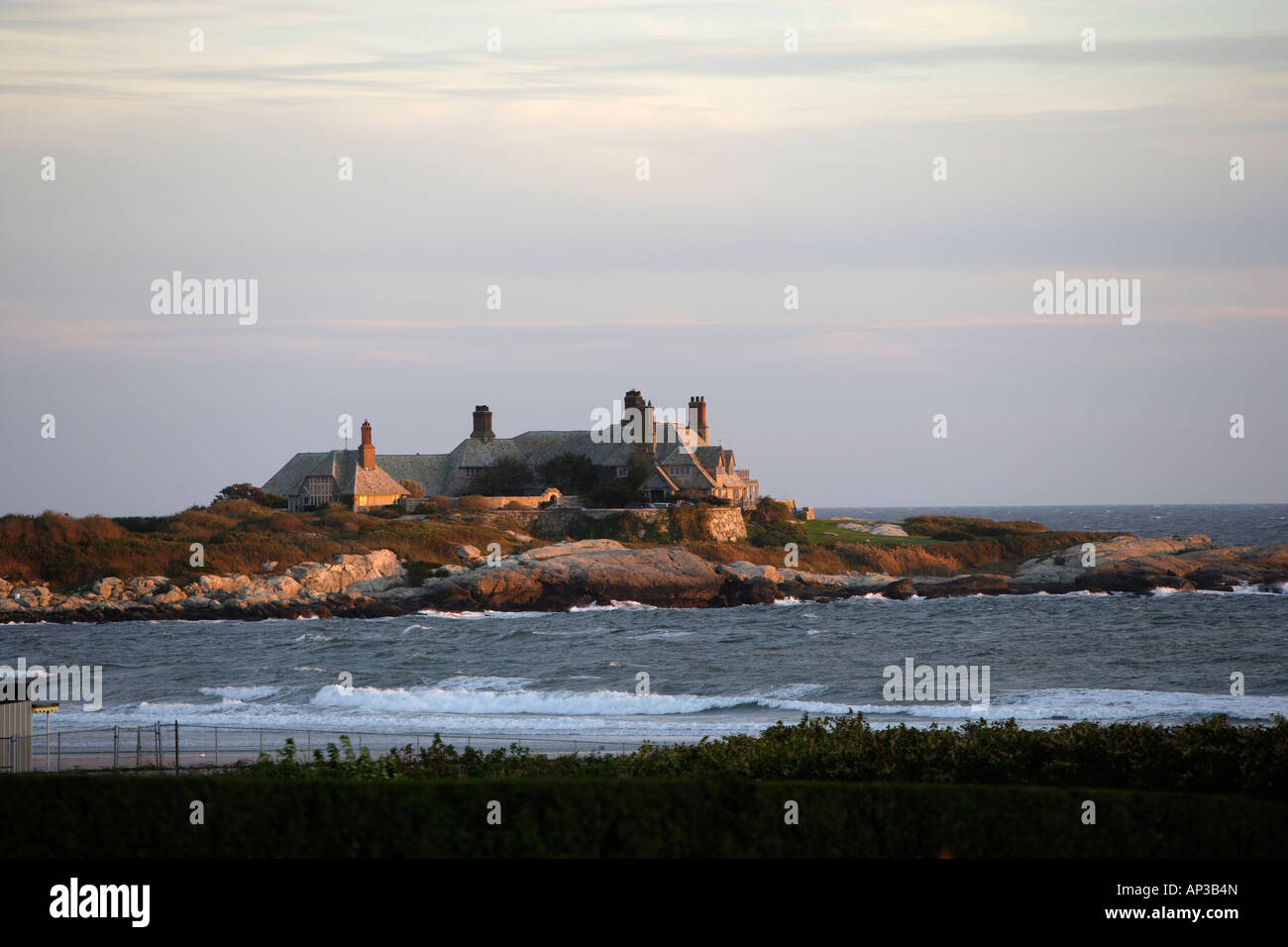 Exclusive homes on Ocean Drive in Newport, Rhode Island, USA - Stock Image
