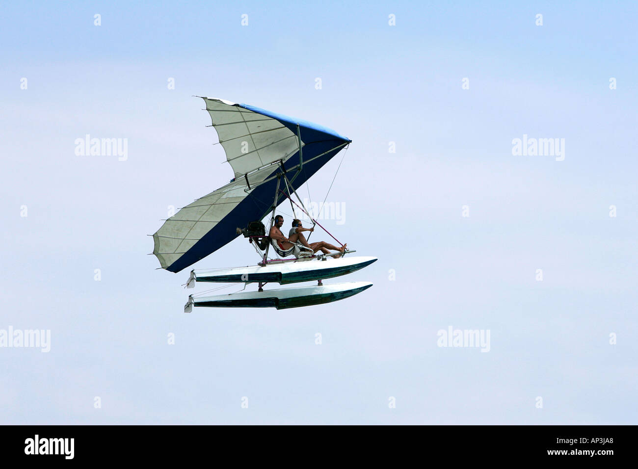 hang glider high wings powered beach sport danger remote lonely
