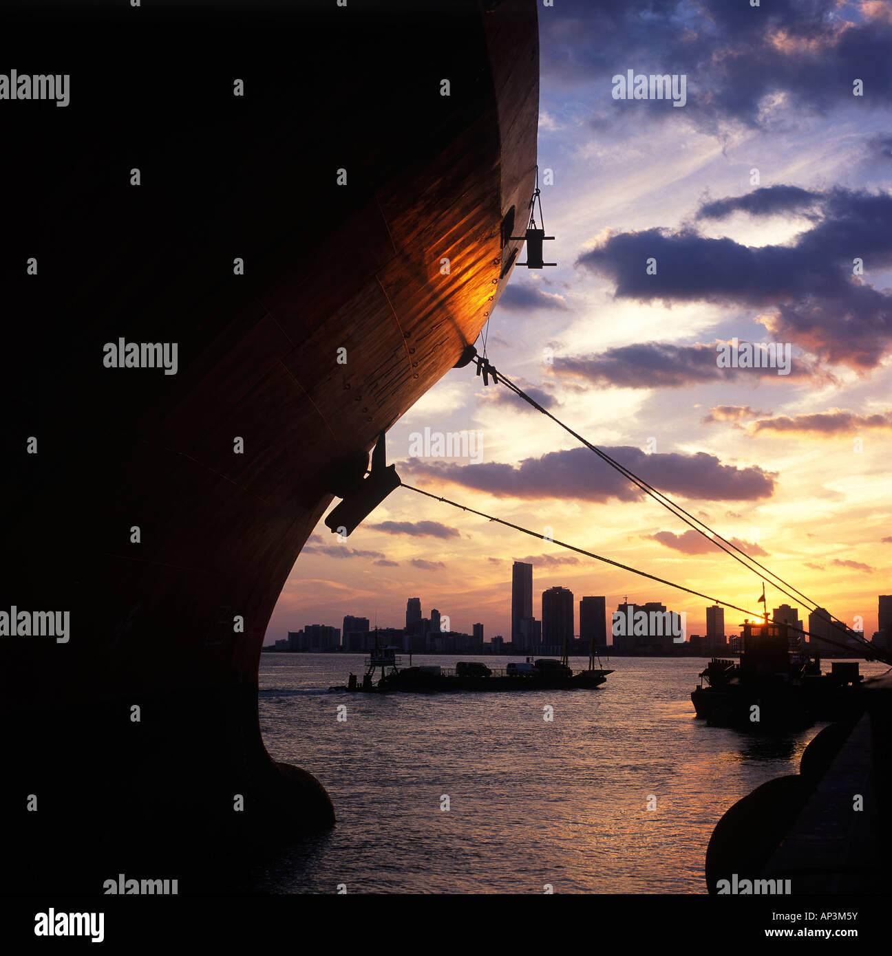 Port Of Miami Cruise Terminal: Port Of Miami Stock Photos & Port Of Miami Stock Images