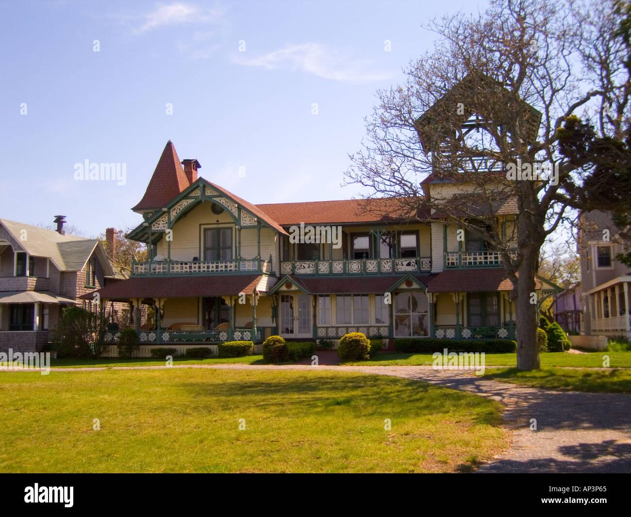 victorian gingerbread houses in oaks bluff martha's vineyard massachussetts usa - Stock Image