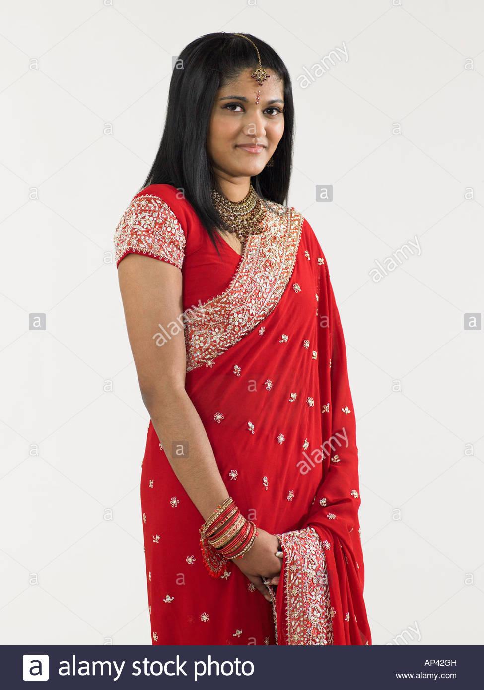 Young woman wearing a sari - Stock Image