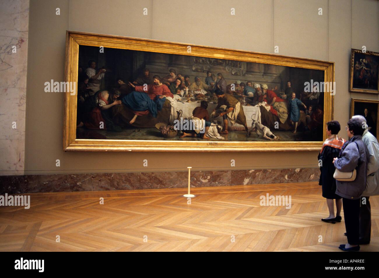 Famous Artwork Inside The Louvre