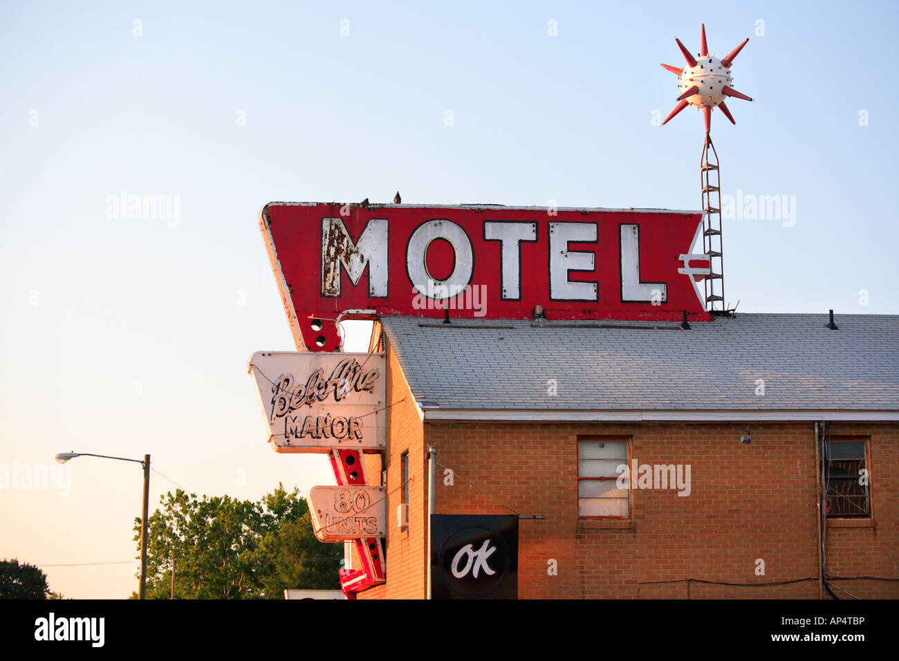 route 66 bel aire manor motel in springfield illinois usa stock