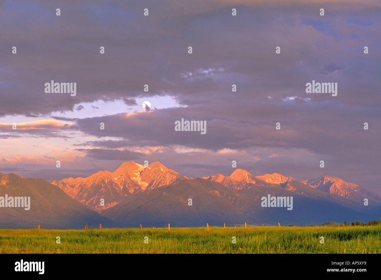 Moonrise Over Mission Mountains near Ronan Montana - Stock Image