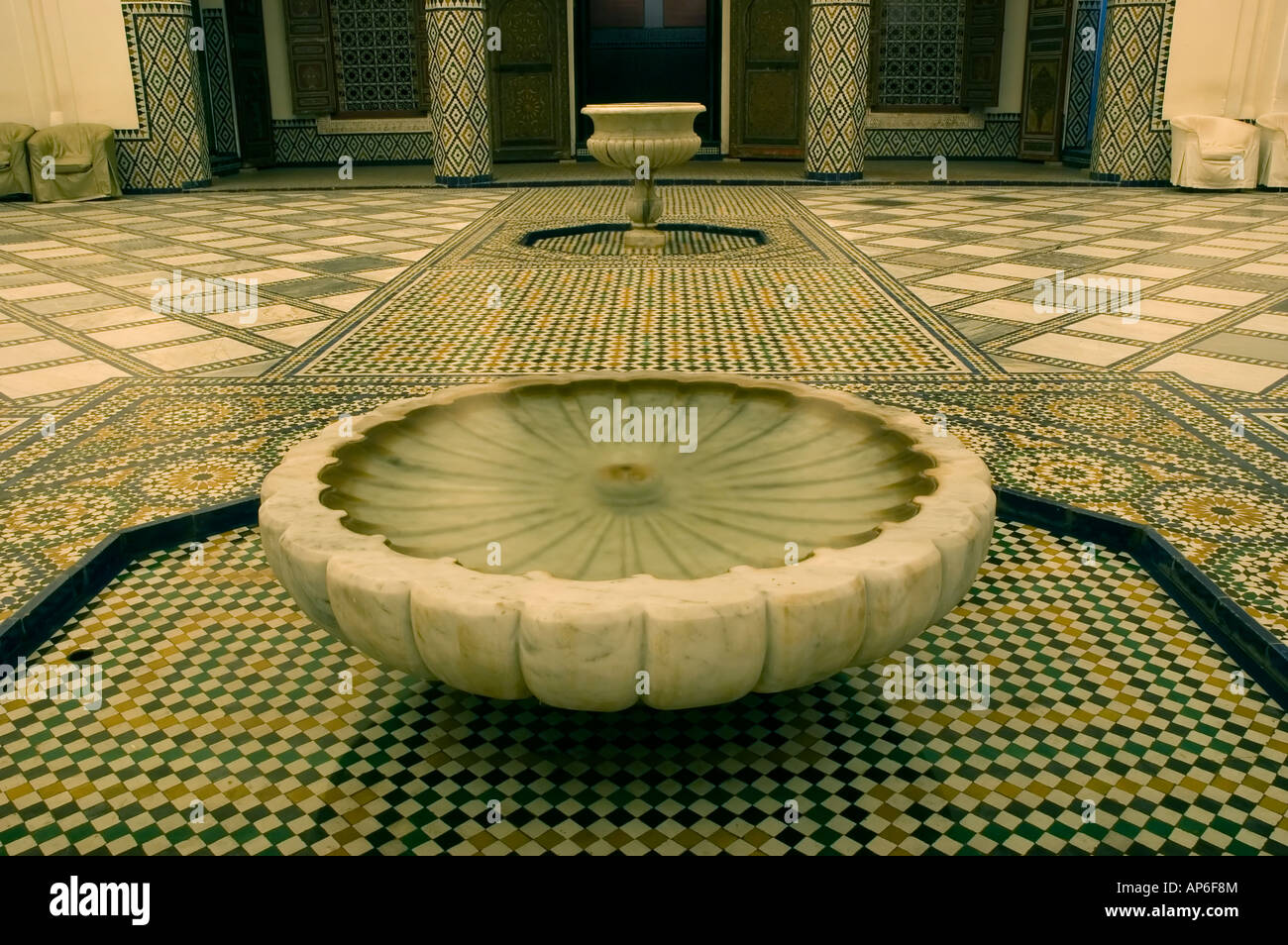 Tub full of water in the luxurious hammam inside the Musée de Stock ...
