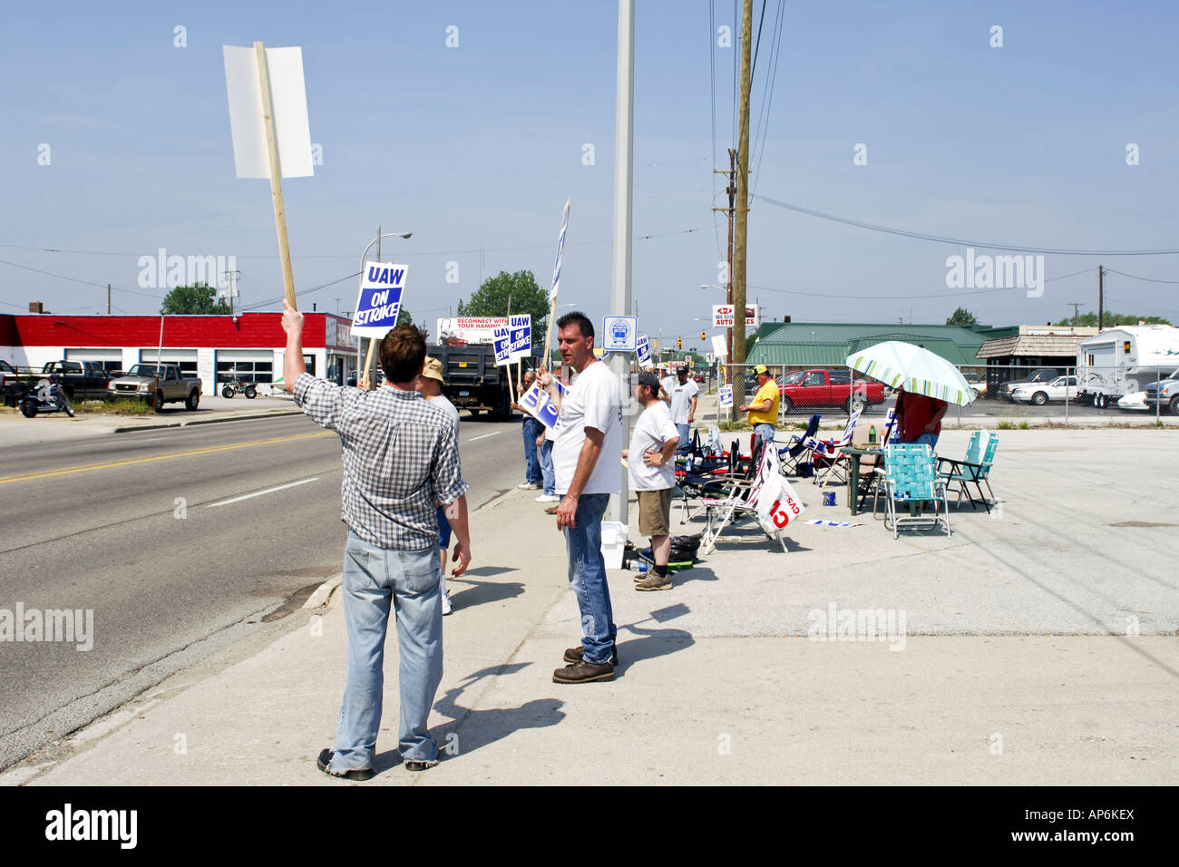 United Auto Workers on strike over pay cuts at a factory in Michigan MI - Stock Image