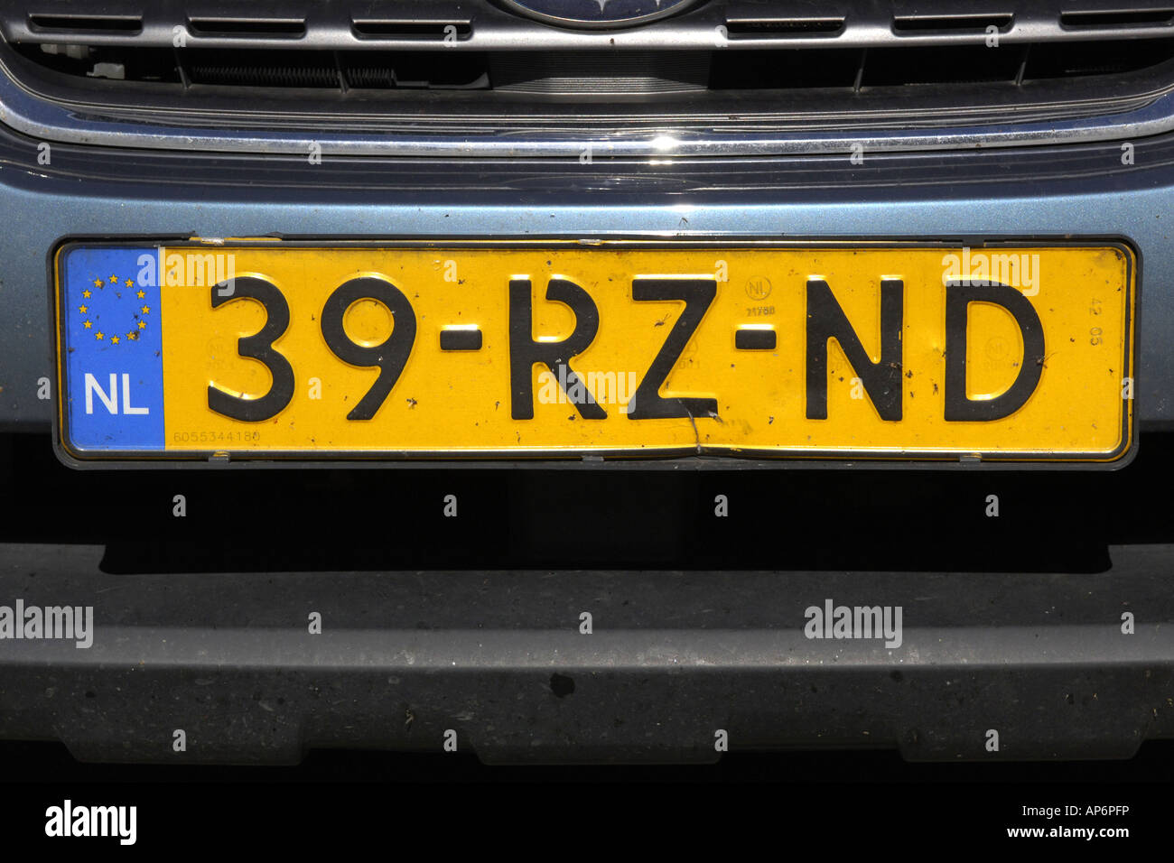 A Dutch Vehicle Numberplate Recongizable By The Euro Symbol And The