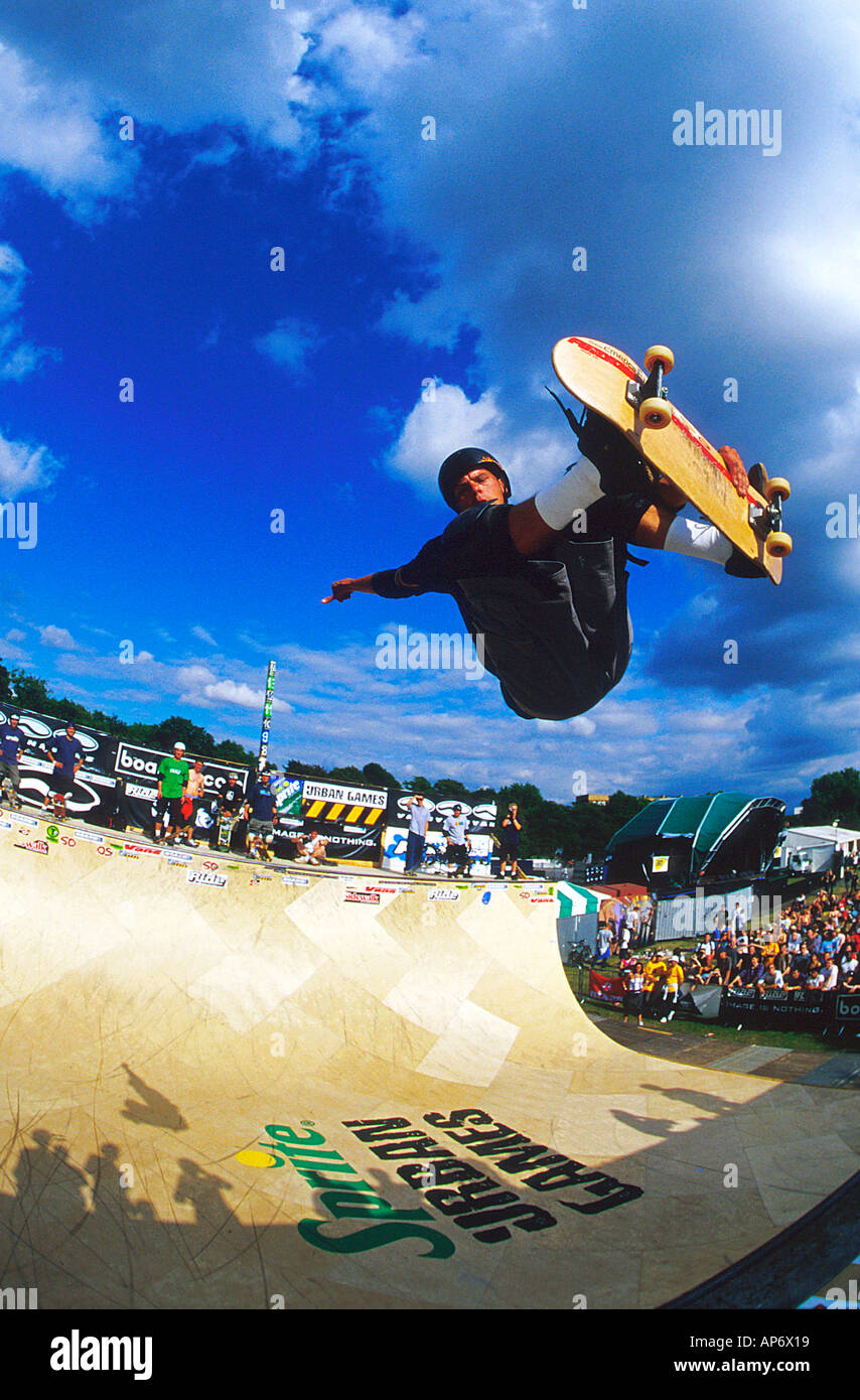 SKATEBOARDING AT THE SPRITE URBAN GAMES CLAPHAM COMMON LONDON UK - Stock Image