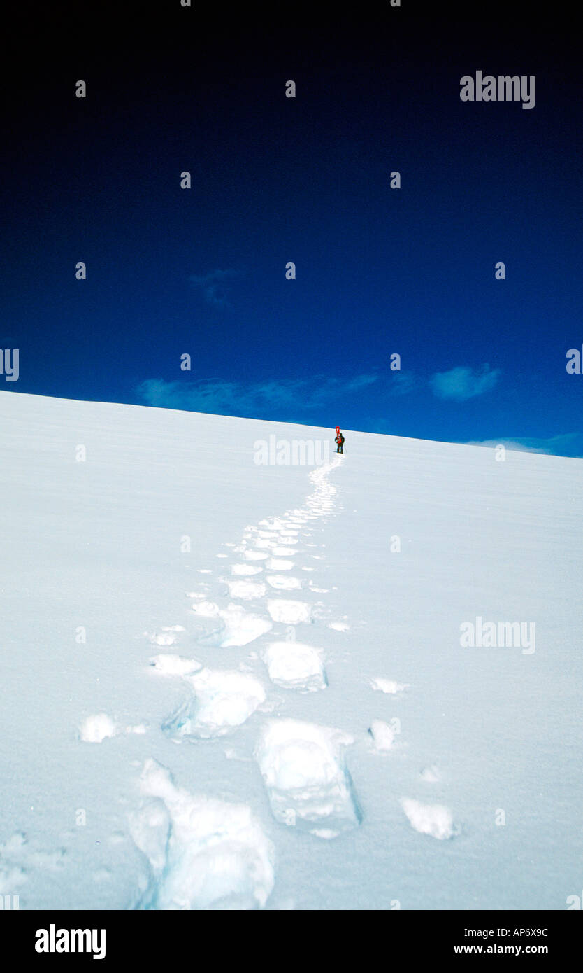 Snowboarder Jim Lynn on Mount Jabet in Antartica - Stock Image