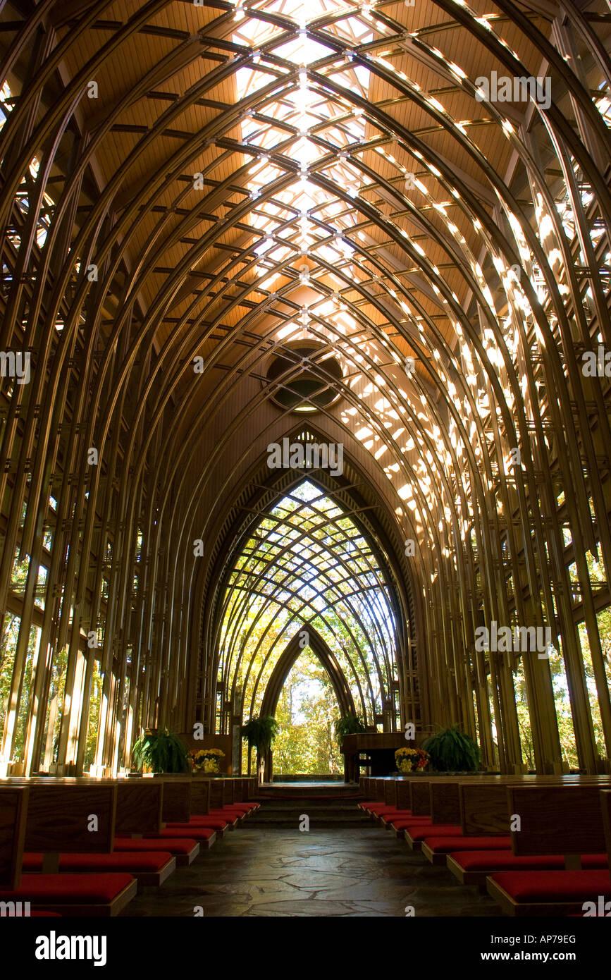 Mildred B. Cooper Chapel in Bella Vista, Ark., designed by architect E