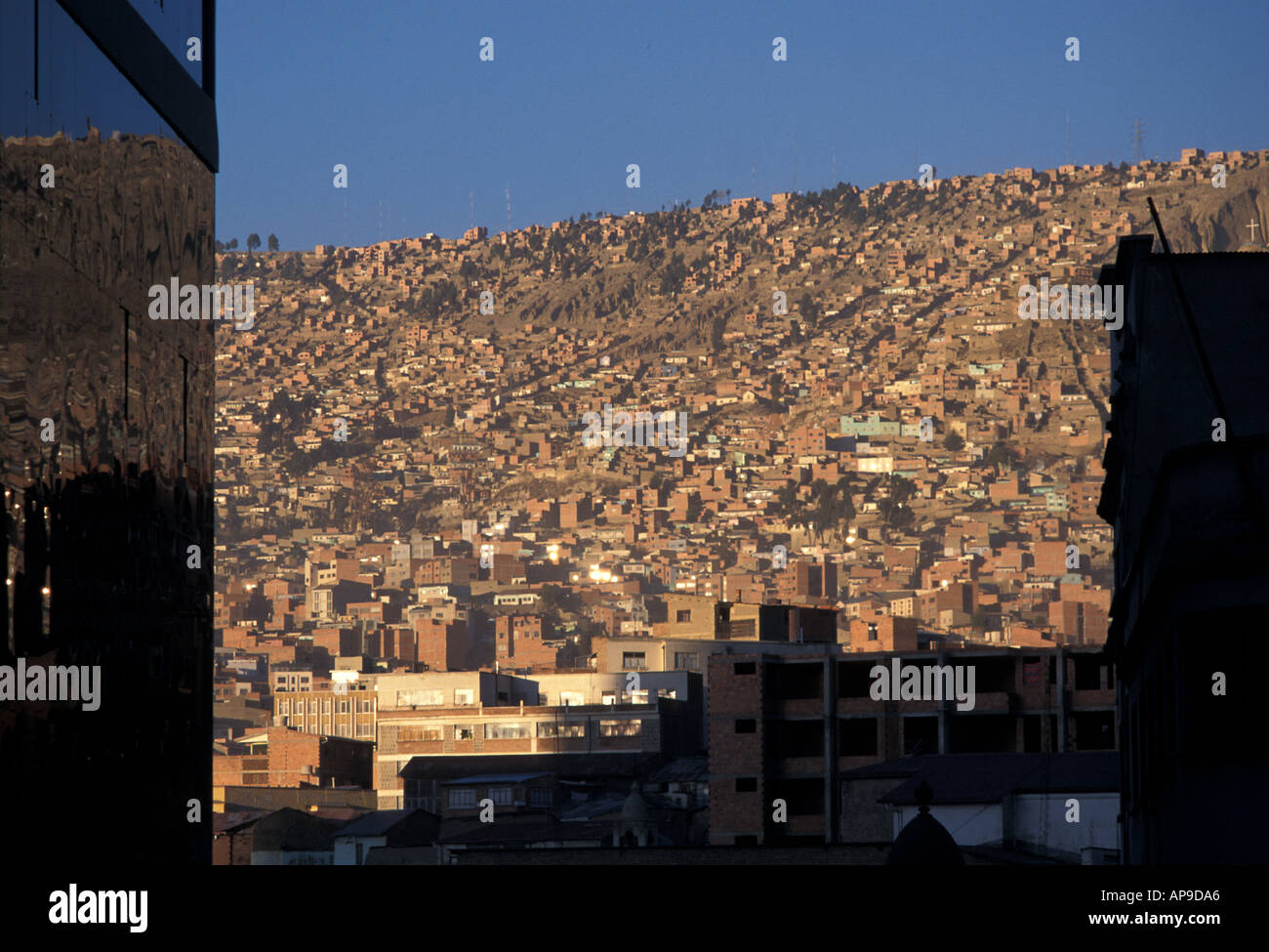La Paz is located in a bowl View of surrounding suburbs from modern Centre Bolivia South America - Stock Image