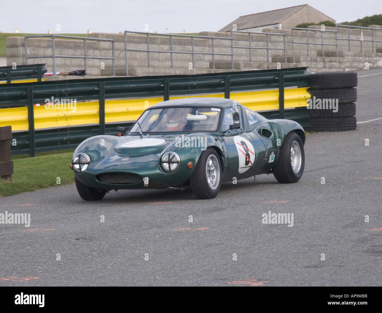 Lola Racing Cars Stock Photos & Lola Racing Cars Stock Images - Alamy