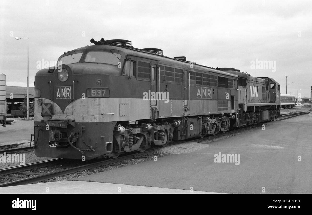 Australian National Railways class 930 diesel locomotive no. 937 at Adelaide, Australia, 1987 - Stock Image