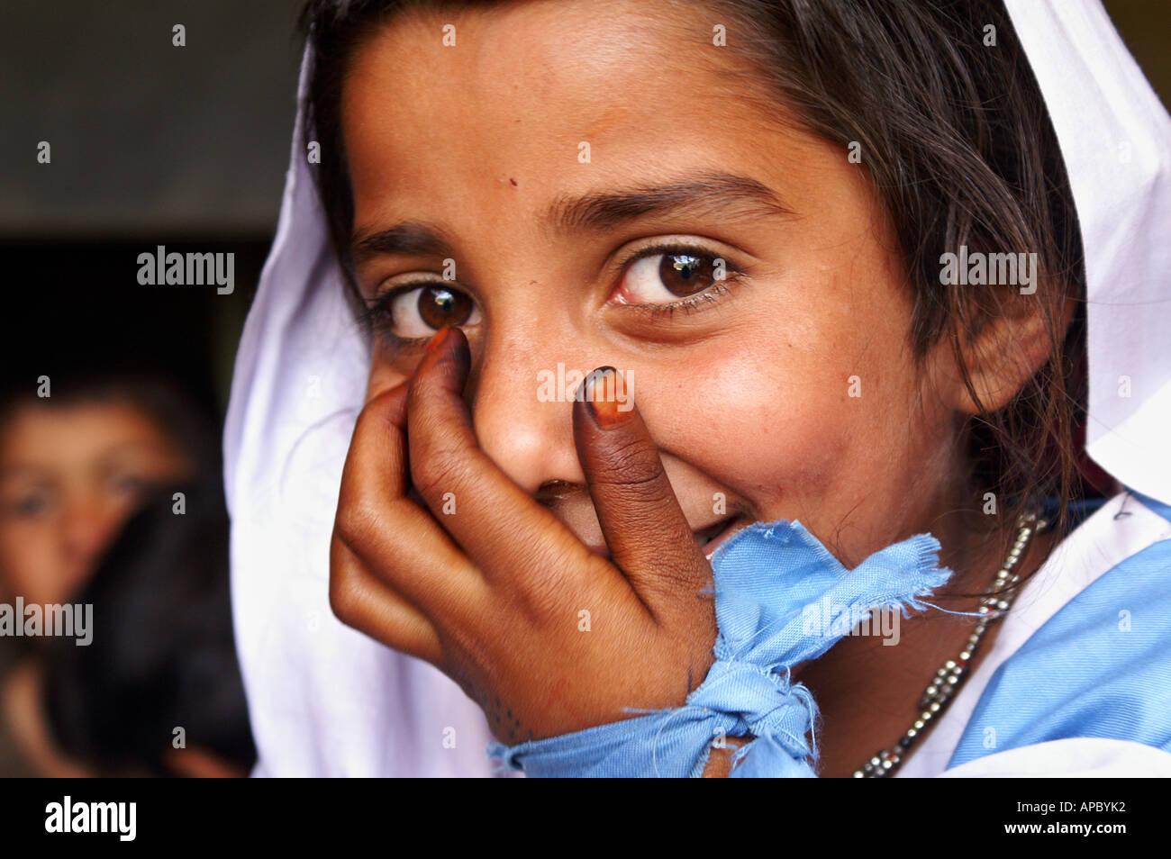 from Braylon pakistane coligs gril photo all unifarm