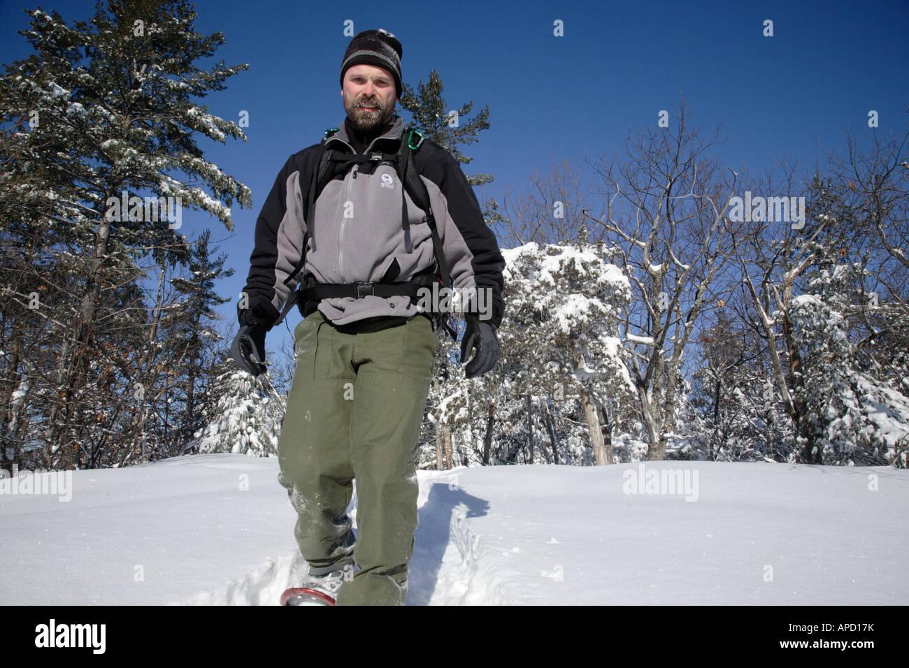 hiker health ex-cerise active break trail male snowshoer male man 30s Stock Photo