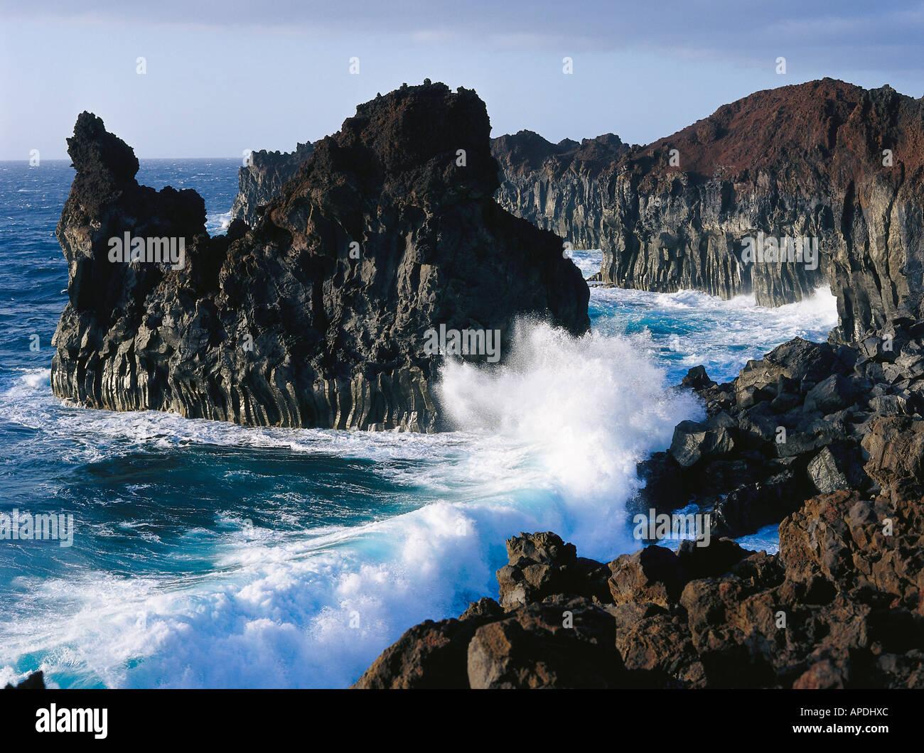 Coast of lavarocks, Surge, Punta de Gutierrez, El Hierro Canary Islands, Spain - Stock Image