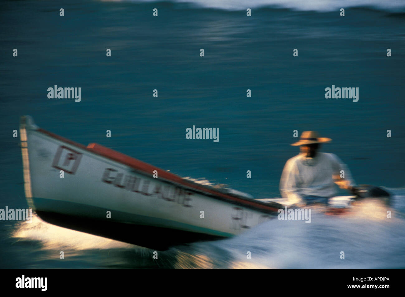 Fisher near St. Leu, Ille de la Réunion Indian Ocean - Stock Image