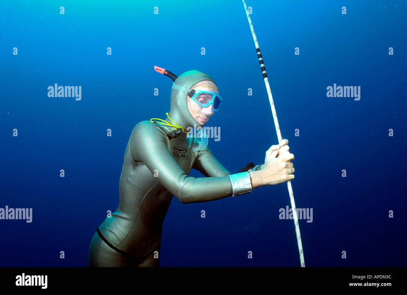 Tanya Streeter Breaks The Freediving World Depth Record