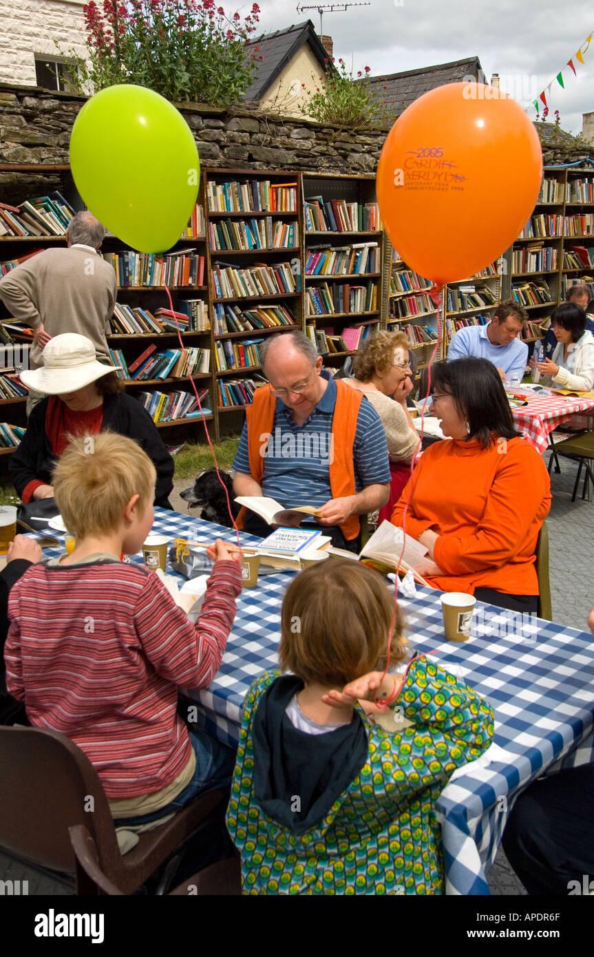 Hay Guardian Book Festival visitors - Stock Image
