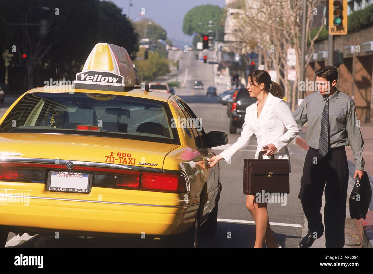 Фак такси секс, FakeTaxi - смотреть порно онлайн в HD 9 фотография