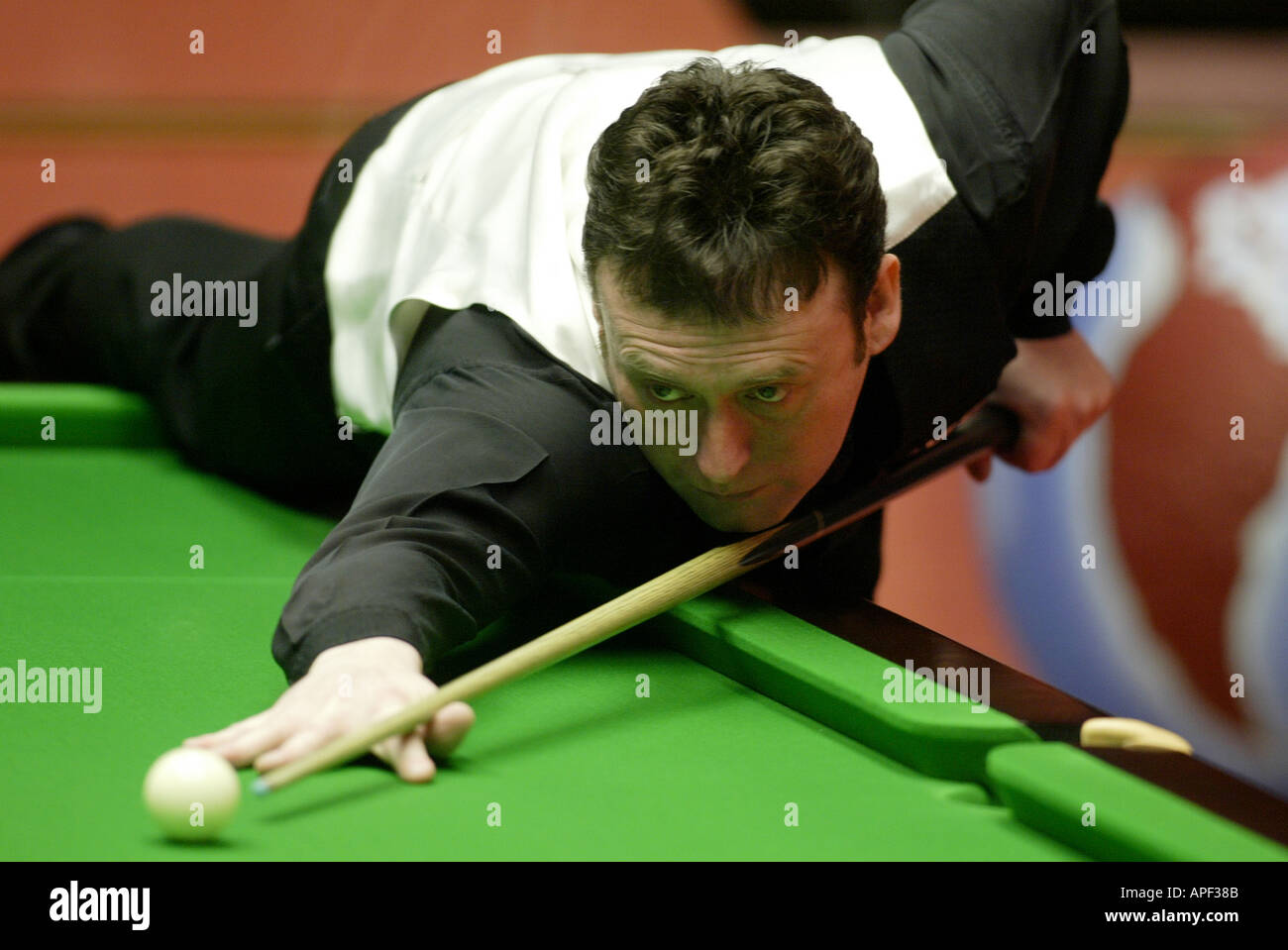 Jimmy White playing in the 2004 World Snooker Championships at the Crucible Theatre Sheffield - Stock Image