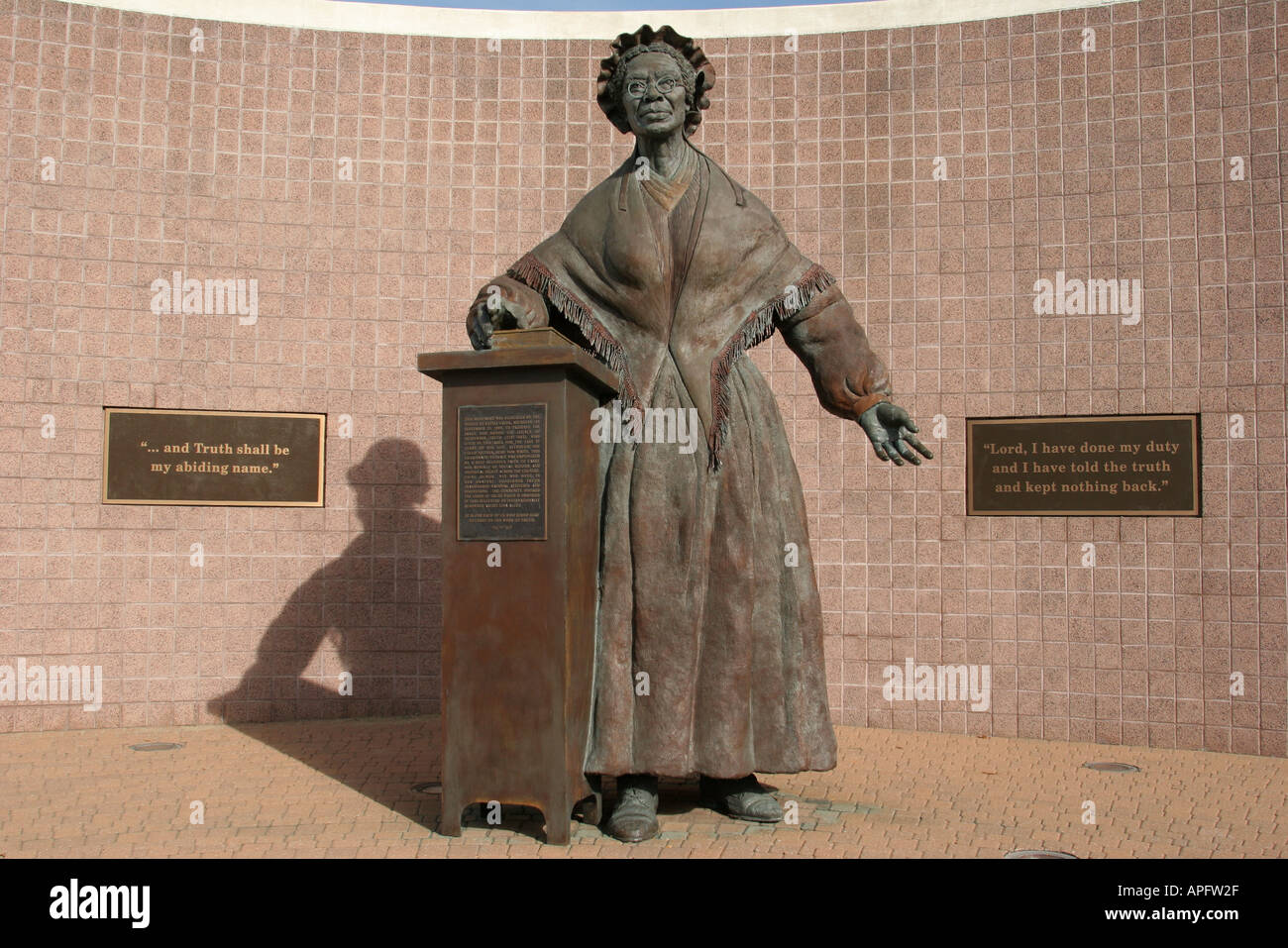 Michigan Battle Creek Sojourner Truth female ex slave social reformer Black History statue memorial - Stock Image