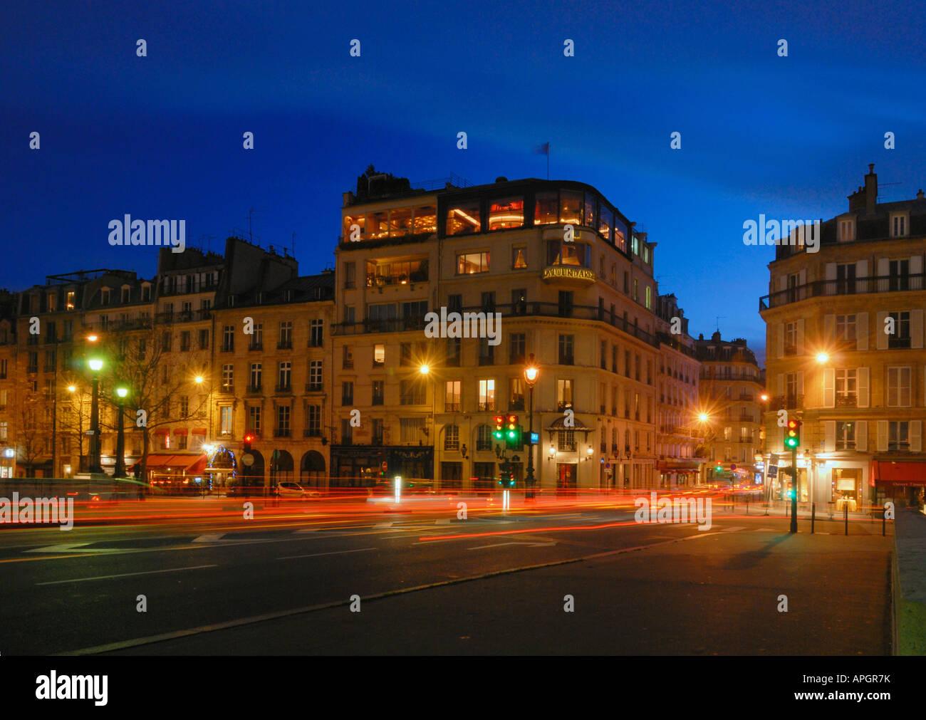 Blue Hour on la Tour d'argent Restaurant, Paris, France - Stock Image