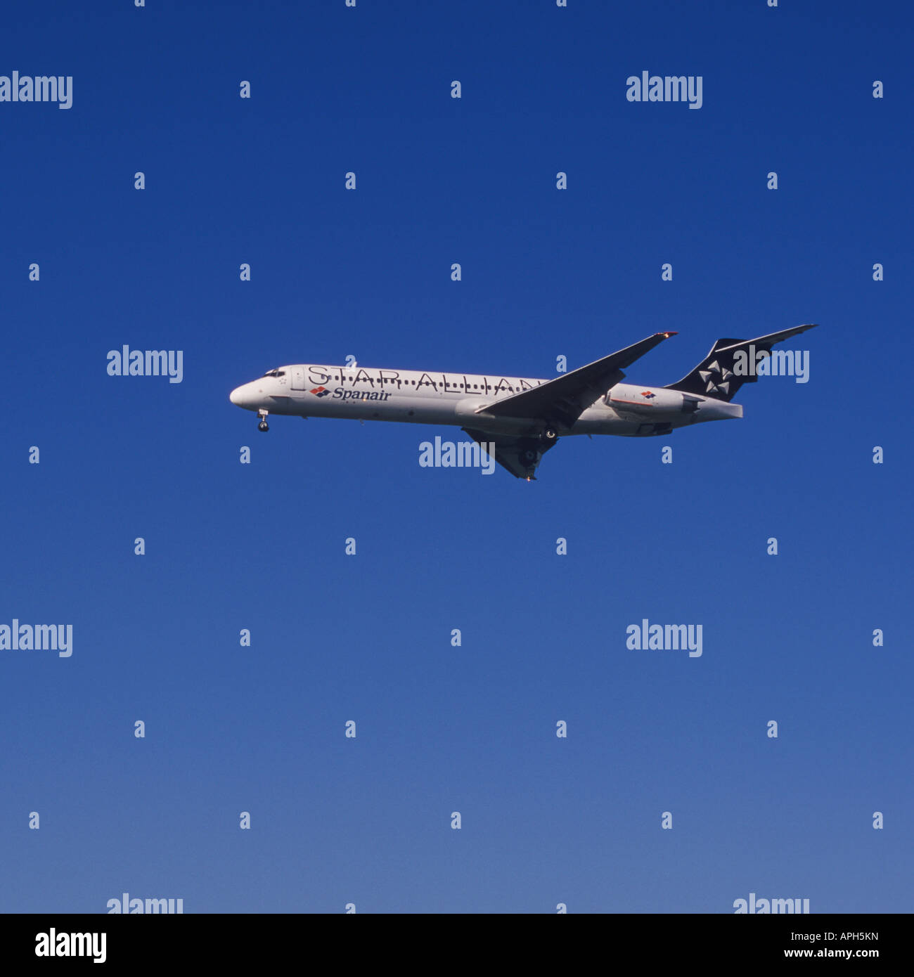 Spanair Aircraft in STAR ALLIANCE livery on final approach to the Airport of Palma de Mallorca Balearic Islands - Stock Image