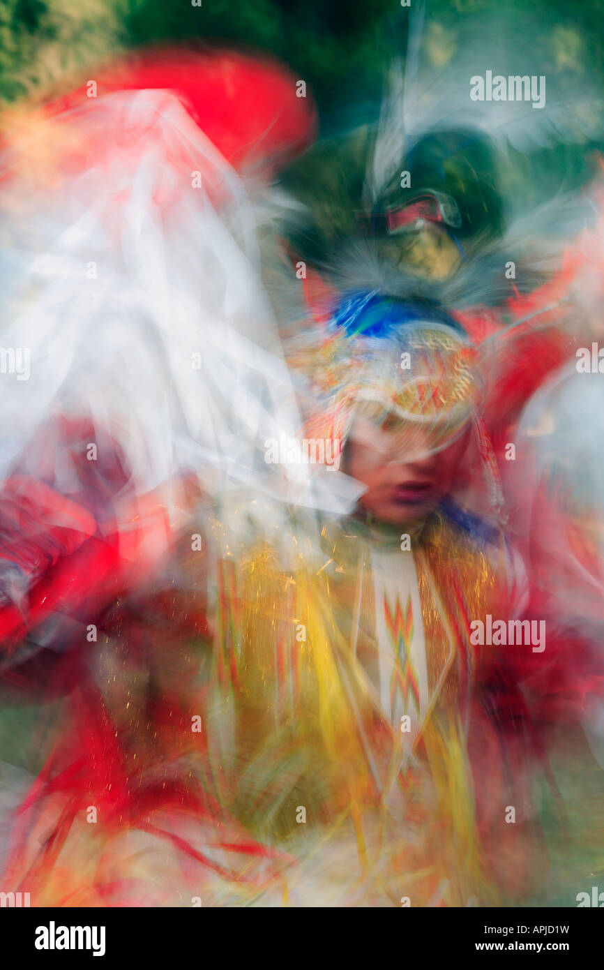 Mens Fancy Dance blurred male indigenous dancer in full regalia Blackfoot Blood First Nations Dancer Plains Indians - Stock Image