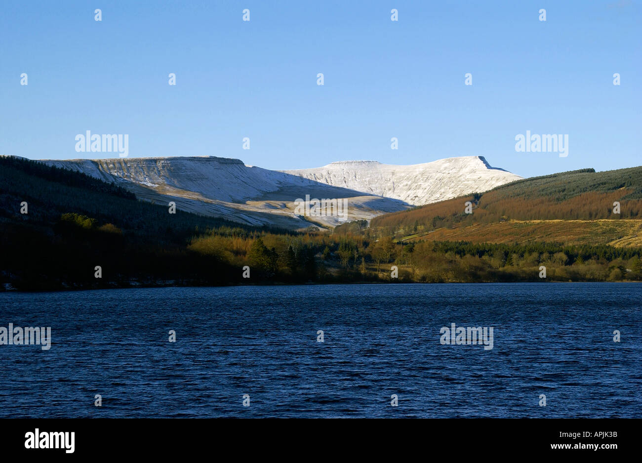 Winters Day at Pentwyn Reservoir with Pen y Fan & Corn Du in the background, Brecon Beacons, Powys, Wales Stock Photo
