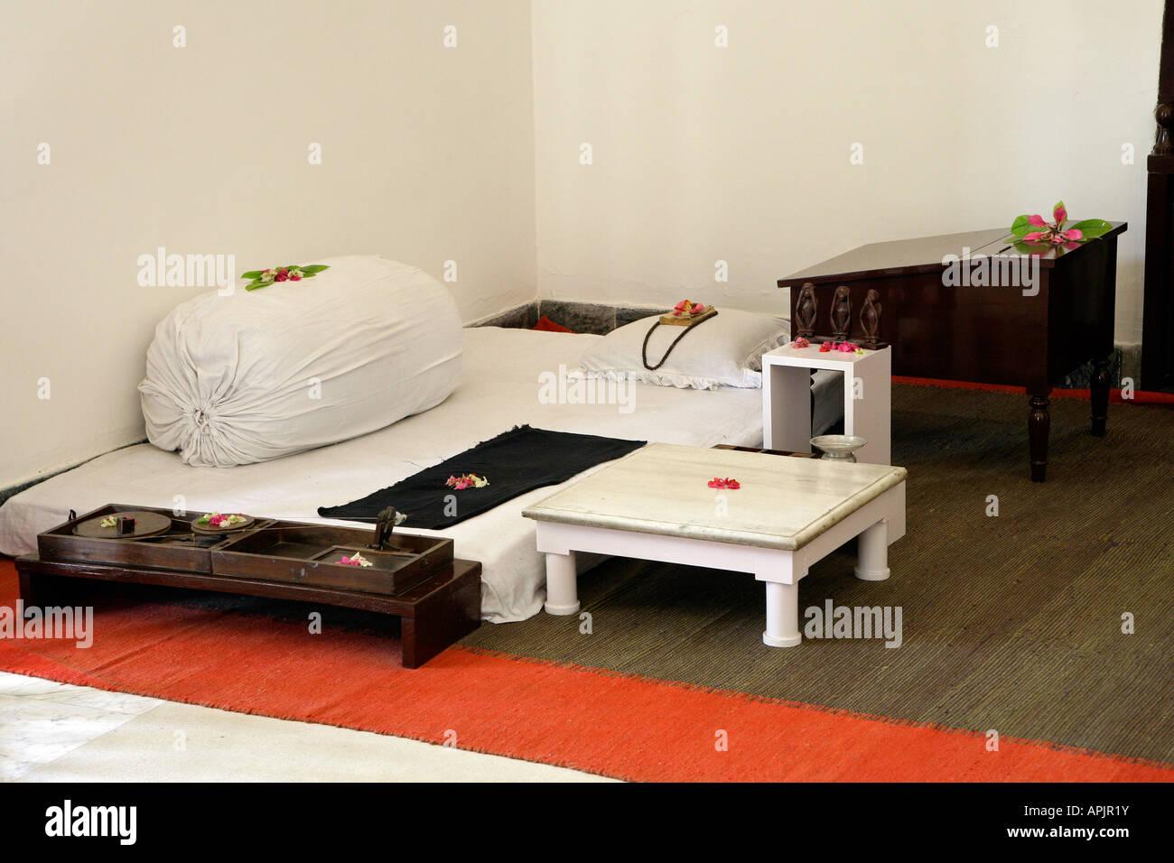 Gandhi's bedroom inside The Gandhi Museum, Delhi, Uttar Pradesh, India - Stock Image