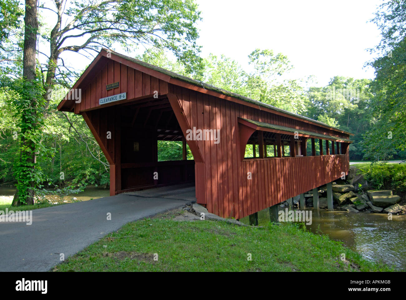 The Ross Bridge A Covered Wooden Bridge Located In Tawawa Park In