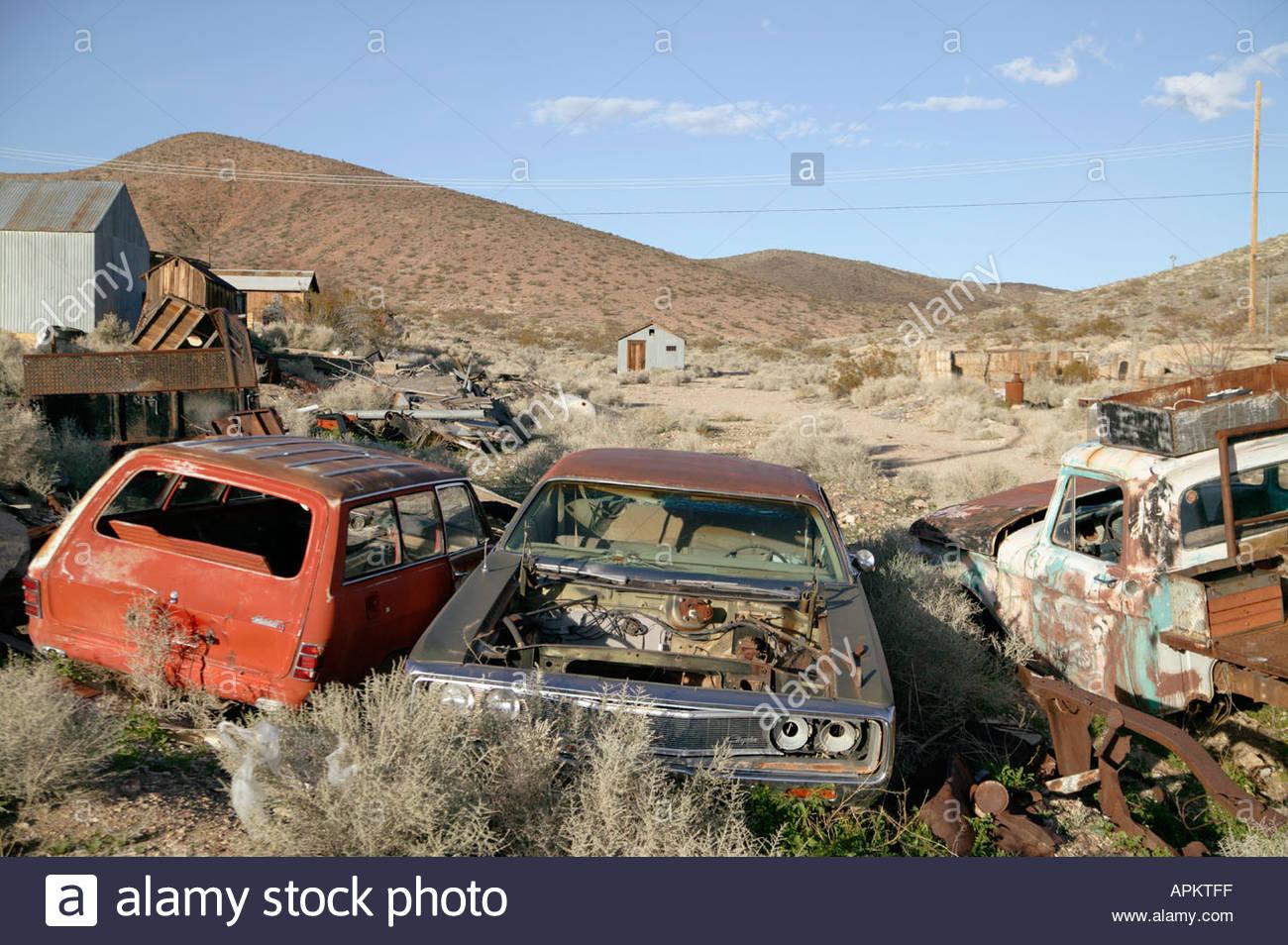 Junk cars. (Darwin, California, USA Stock Photo: 5164286 - Alamy