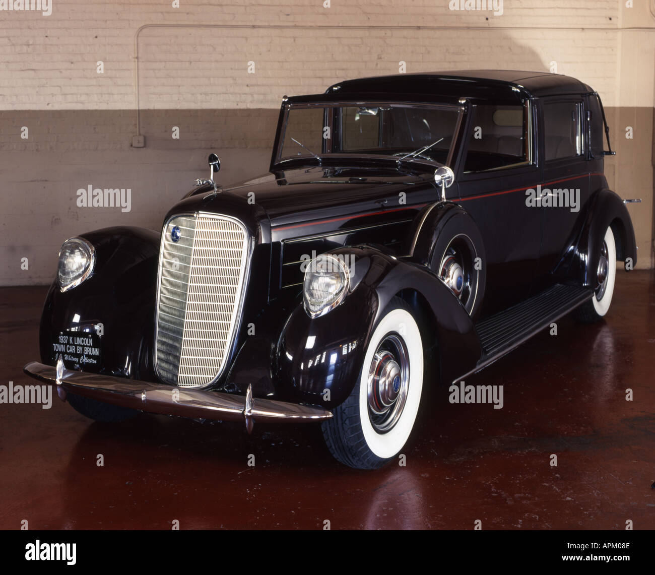 1937 Lincoln Model K Semi Colapsable Town Car Stock Photo 2932877