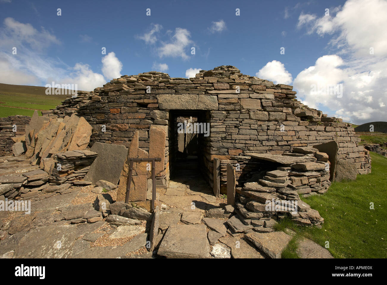 Midhowe Broch iron aged fortified stronghold Rousay Isalnd Orkney Scotland UK - Stock Image