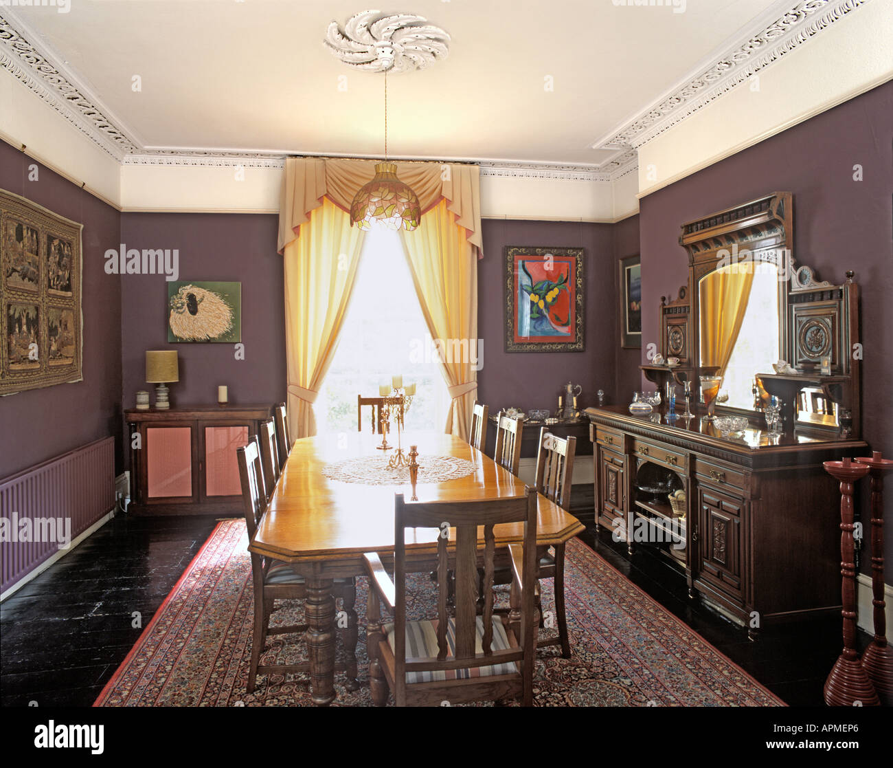 Sala Da Pranzo Country Chic dining room in victorian house stock photo: 9041637 - alamy