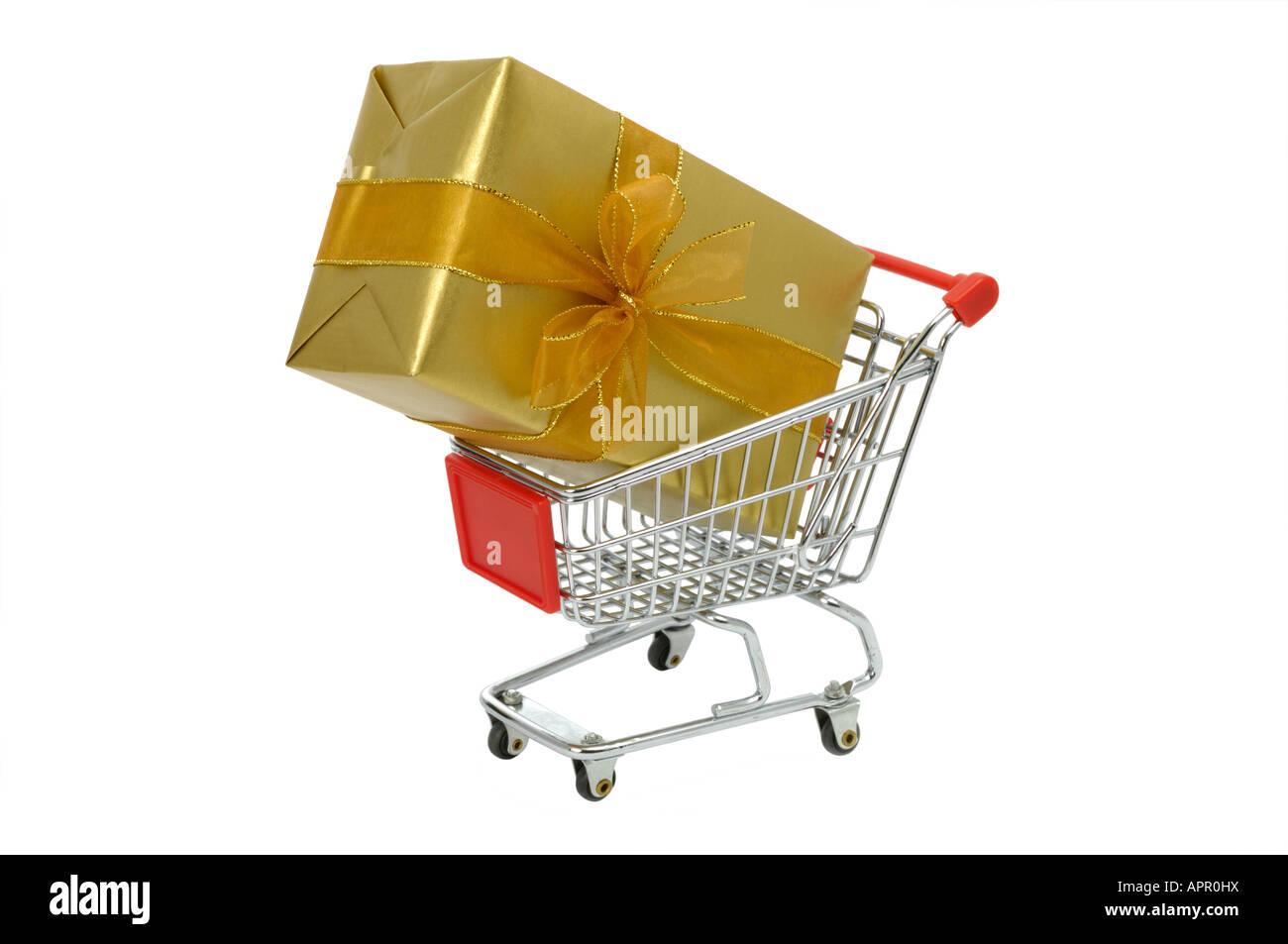Gift present shopping cart - Stock Image