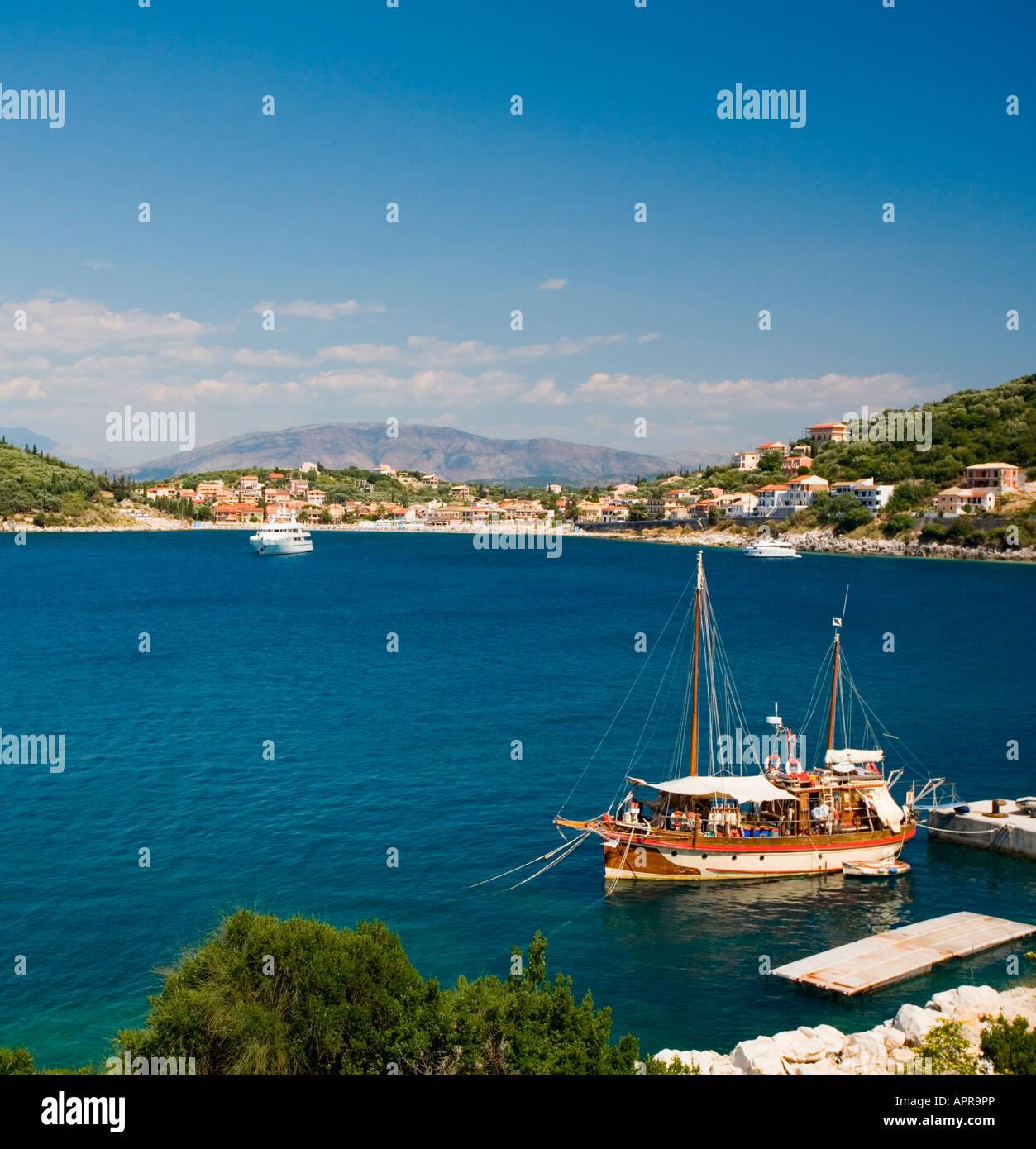 Kassiopi and boats, Corfu, Greece, Ionian Islands - Stock Image
